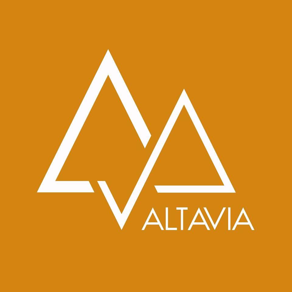 Logo Altavia Trekking